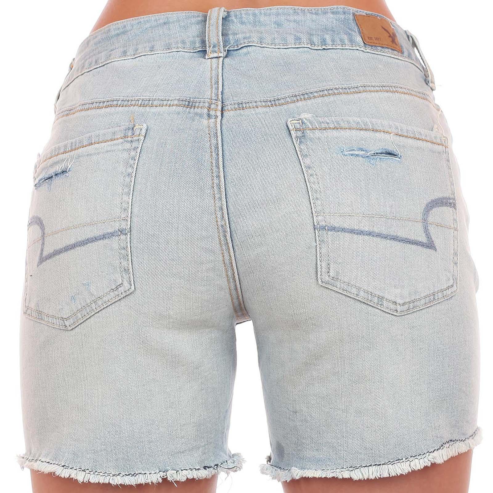 Заказать зачетные секси-шортики от American Eagle® для роковой красотки. ОСТОРОЖНО! Вызывают повышенное внимание мужчин!