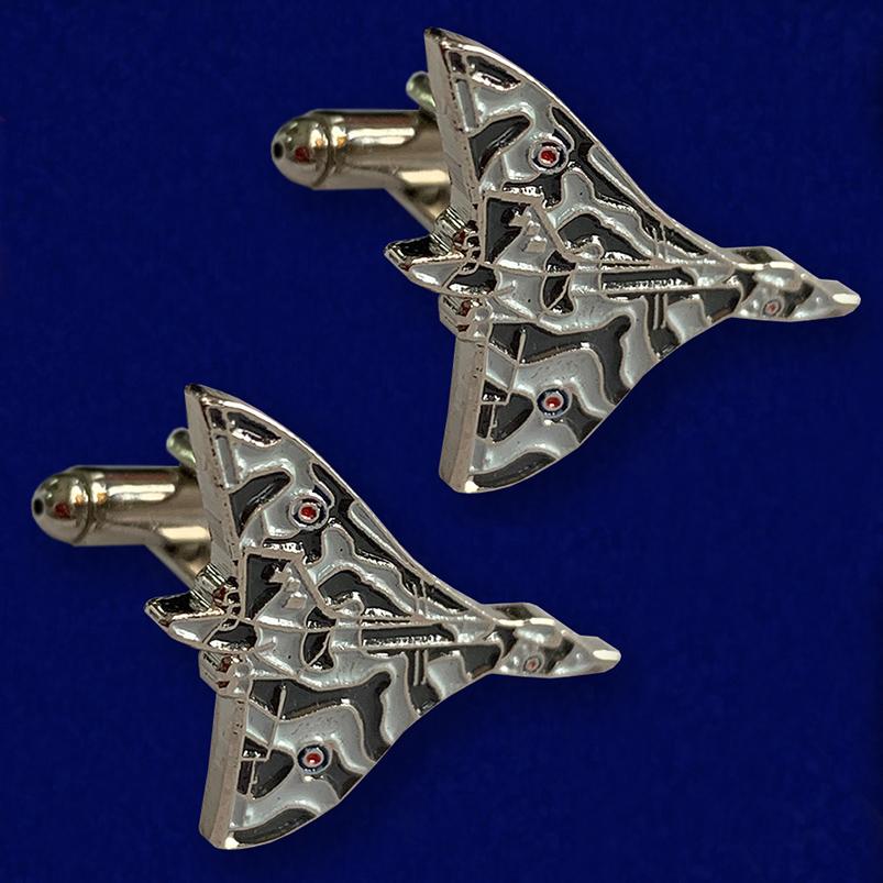 Крутые запонки Avro Vulcan
