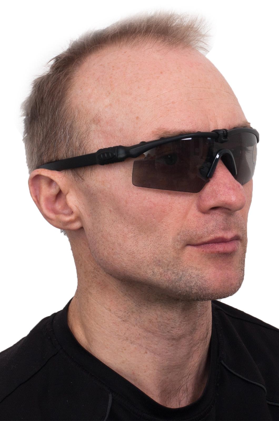Защитные очки чёрные высокого качества