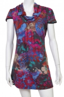 Завораживающее цветочное платье-туника