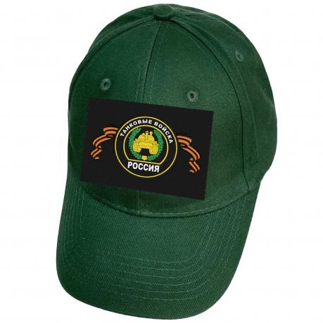 Зелёная бейсболка с шевроном танковых войск