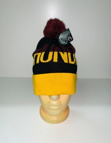 Желто-черная шапка с помпоном