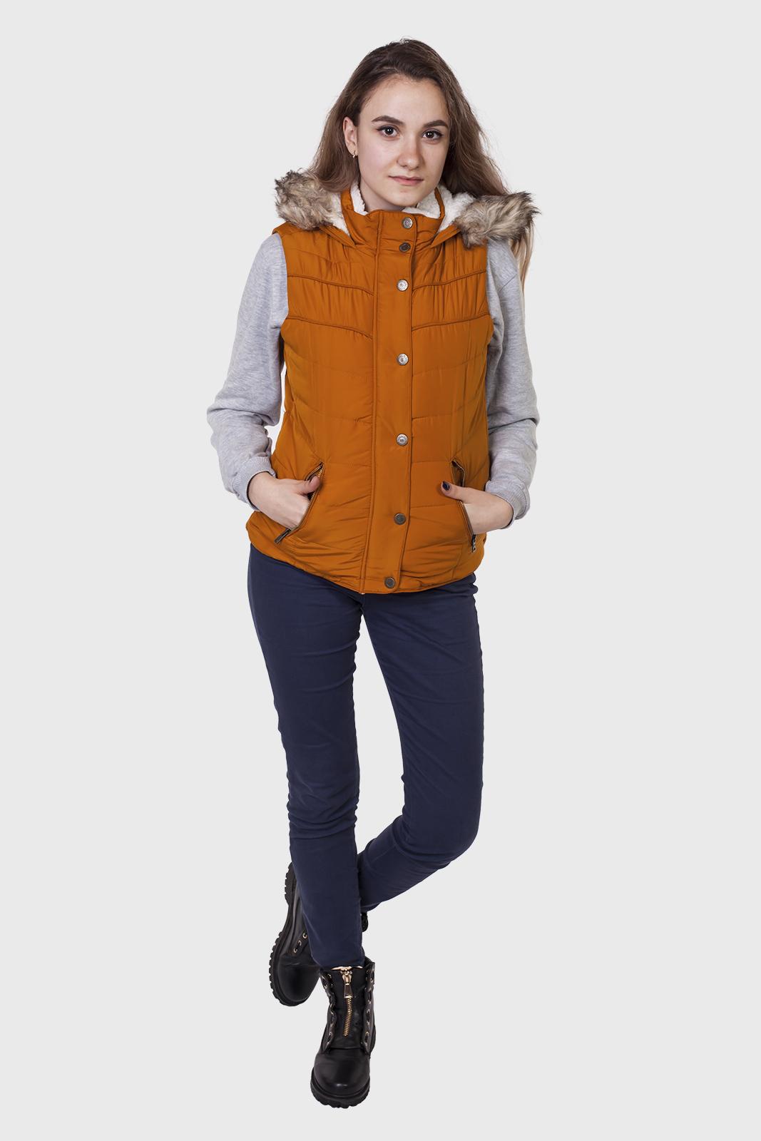 Женская куртка-жилет от Aeropostale (США) доступна для заказа