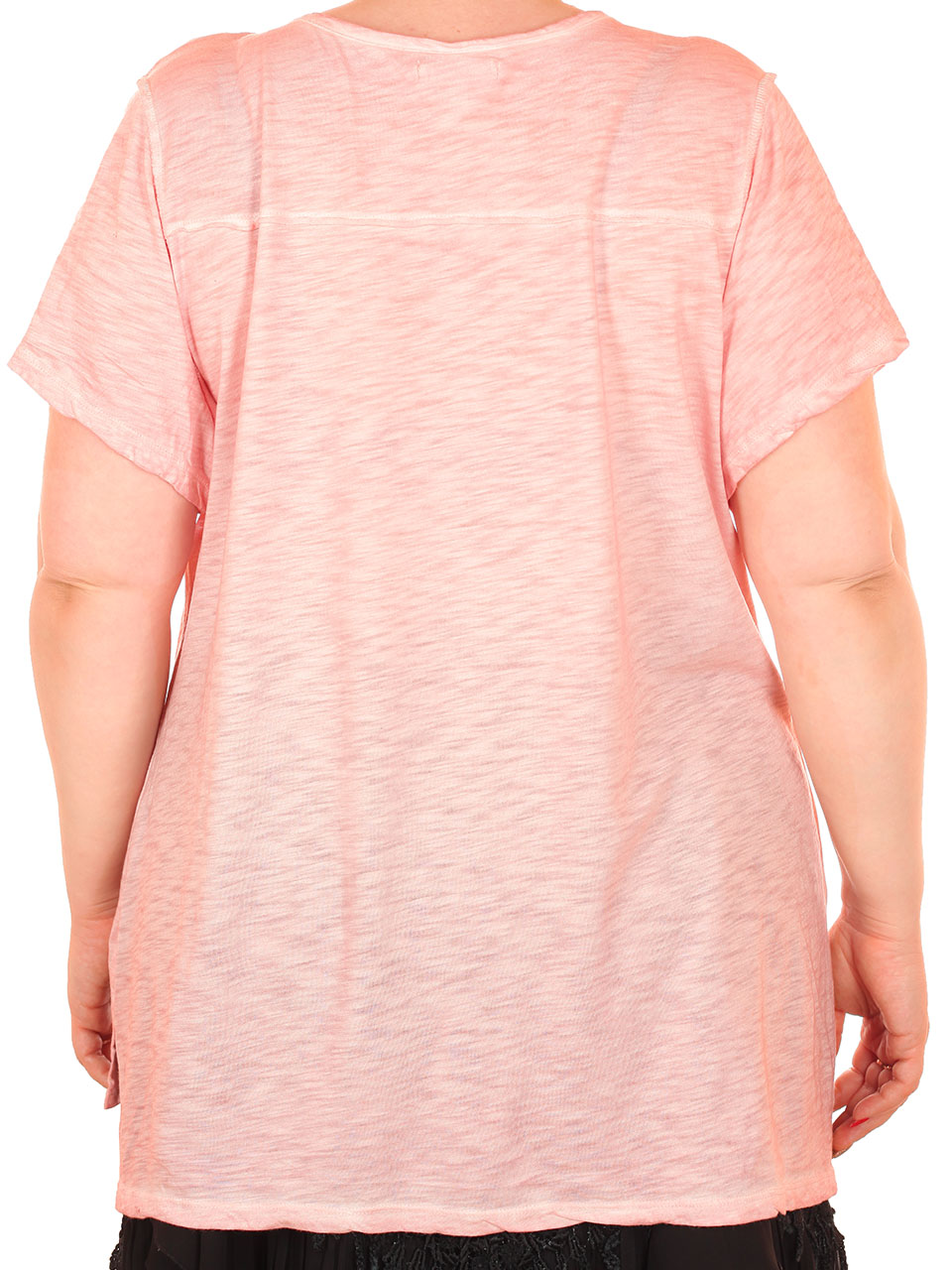 Женская просторная футболка Maurices – модный фасон, невесомый материал, женственный цвет
