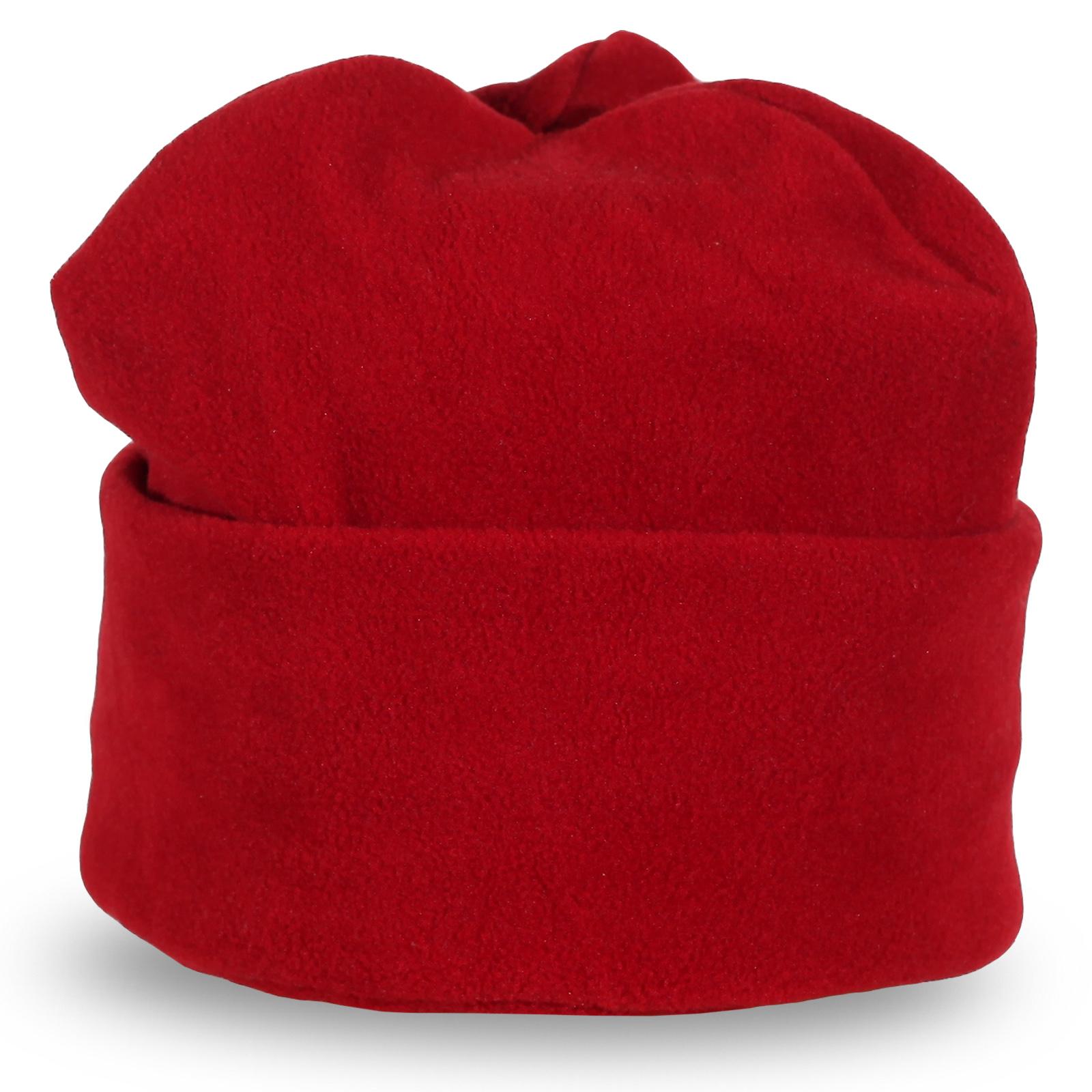 Шапка красного цвета с подворотом