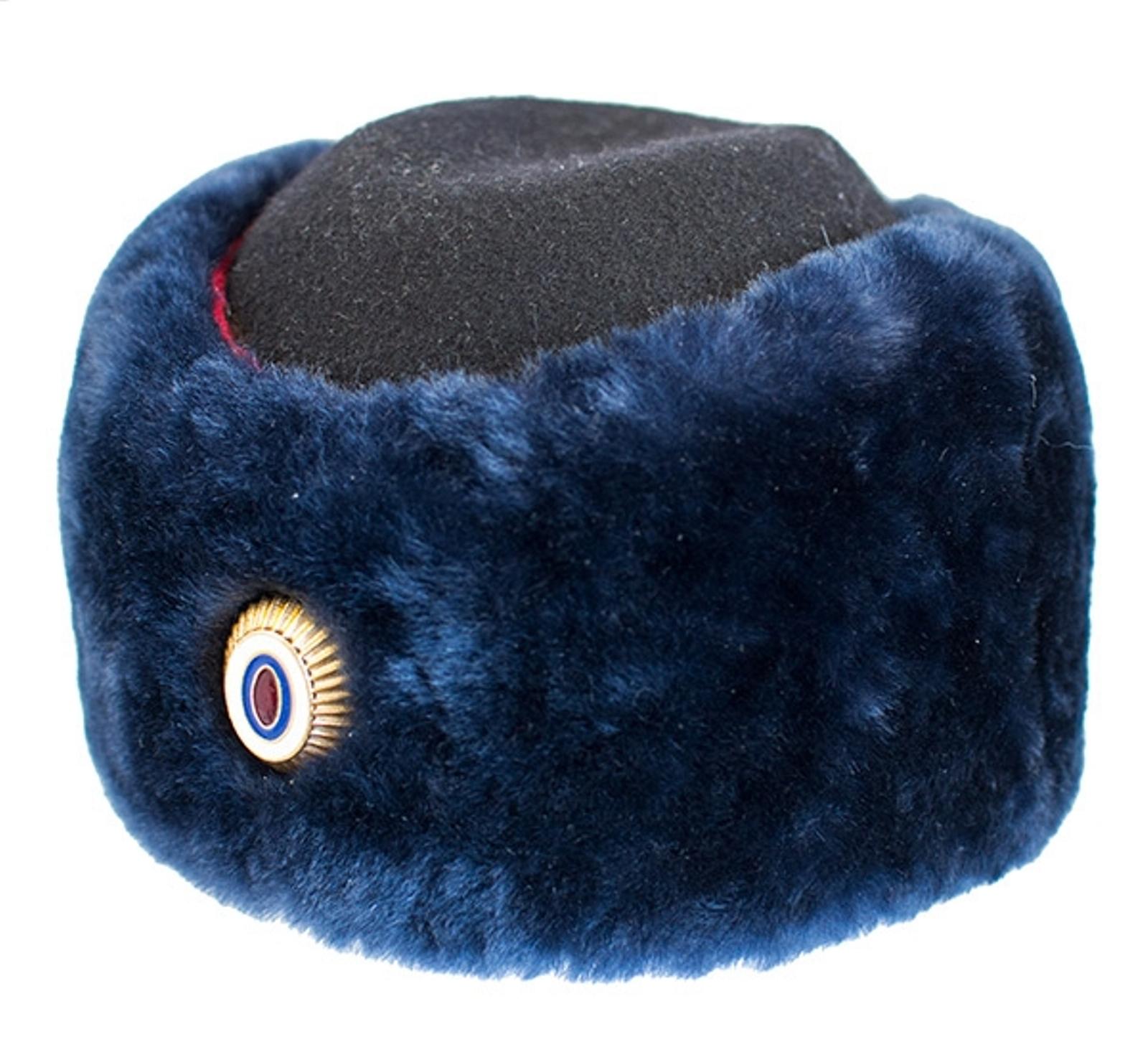 Женская шапка Полиции