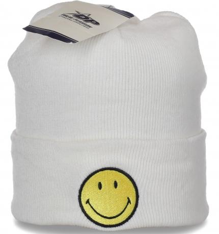 Женская шапка со смайликом. Очаровательная модель для модниц. Заказывай и носи куда хочешь!