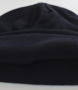 Женская шапочка на флисе. Модель БИНИ плотно и уютно облегает голову, защищает от холода и ветра и при этом имеет оптимальную толщину. Никакой халабуды на голове!