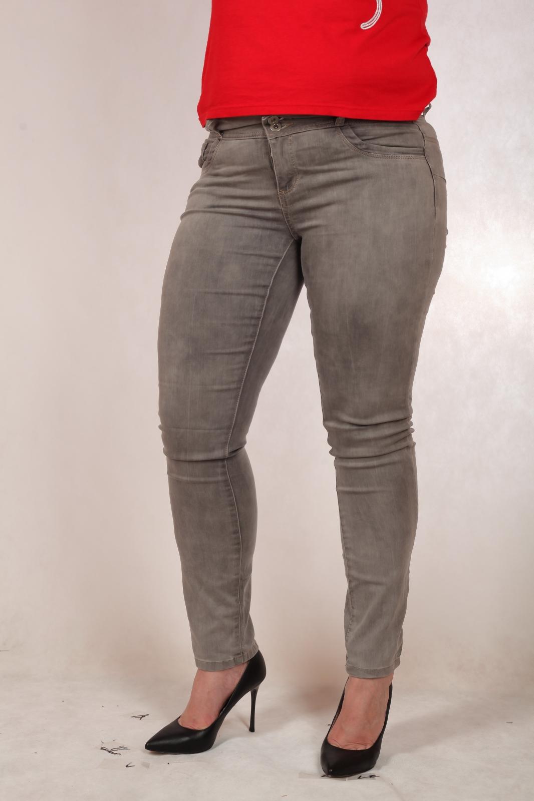Женские джинсы из новой немецкой коллекции