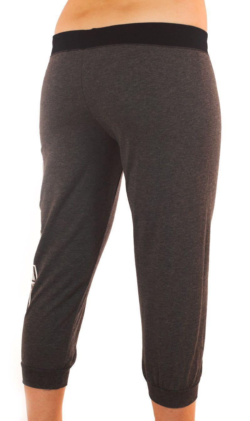 Женские спортивные брюки капри Coco Limon - вид сзади
