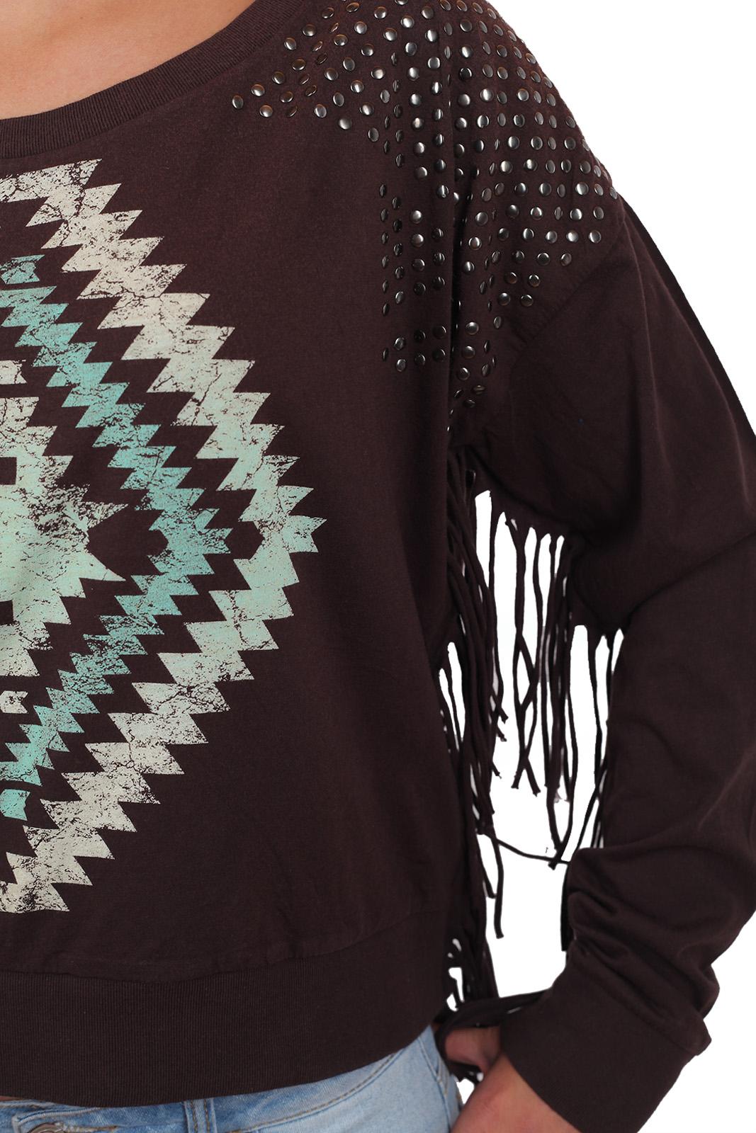 Женский свитер свитшот Rock and Roll Cowgirl. Дизайнерский стиль кантри на грани моды и искусства. Фишки модели: бахрома-лапша, клёпки и принт!