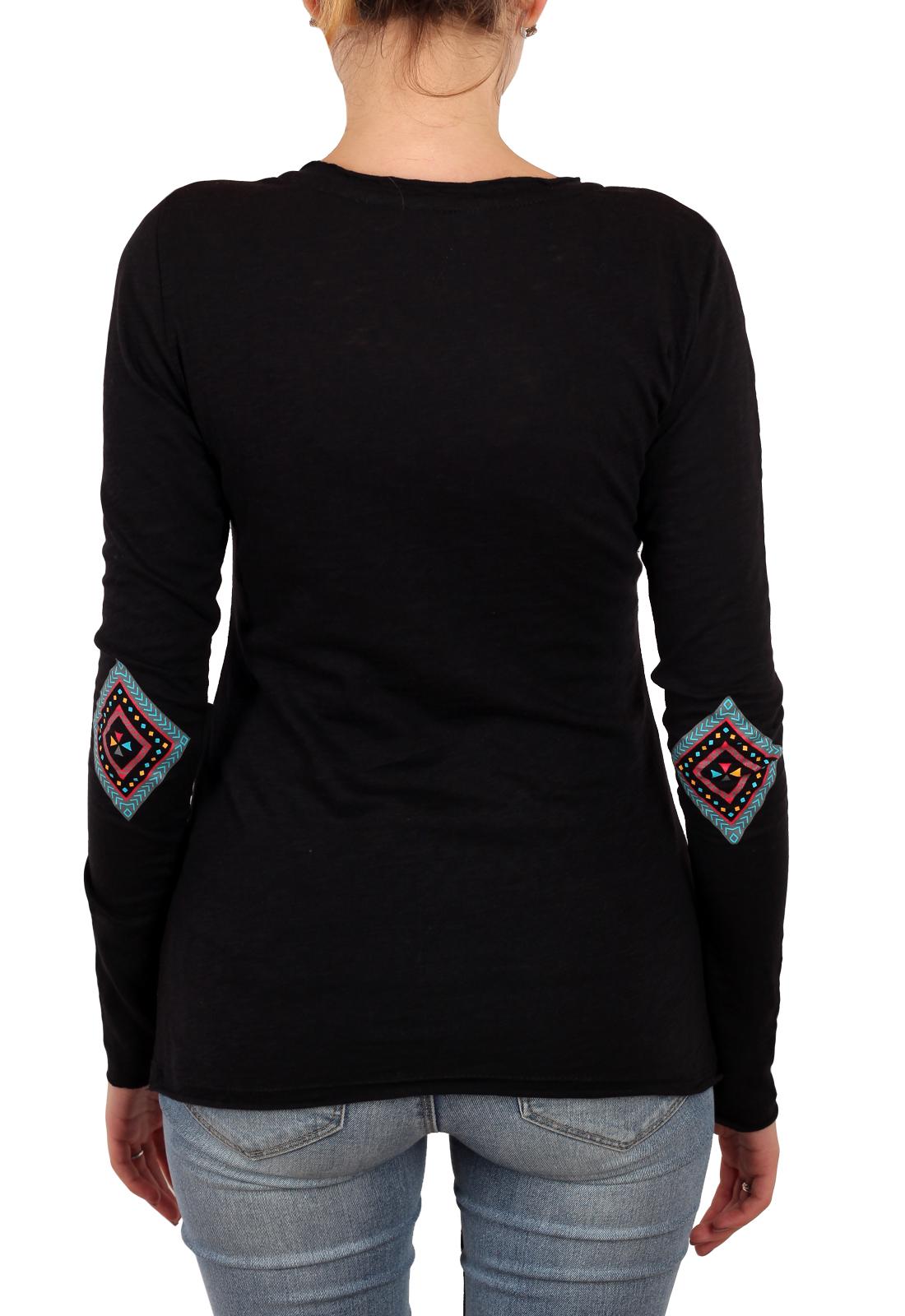 Роскошный БОХО-стиль для тебя! Женский реглан Panhandle с соблазнительным декольте. Заказывай под джинсы!