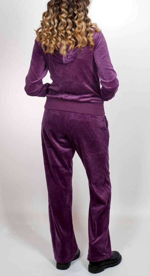 Купить велюровый спортивный костюм для дома и тренировок