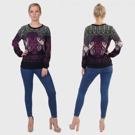 Женский свитер реглан LOBO с восточным орнаментом.
