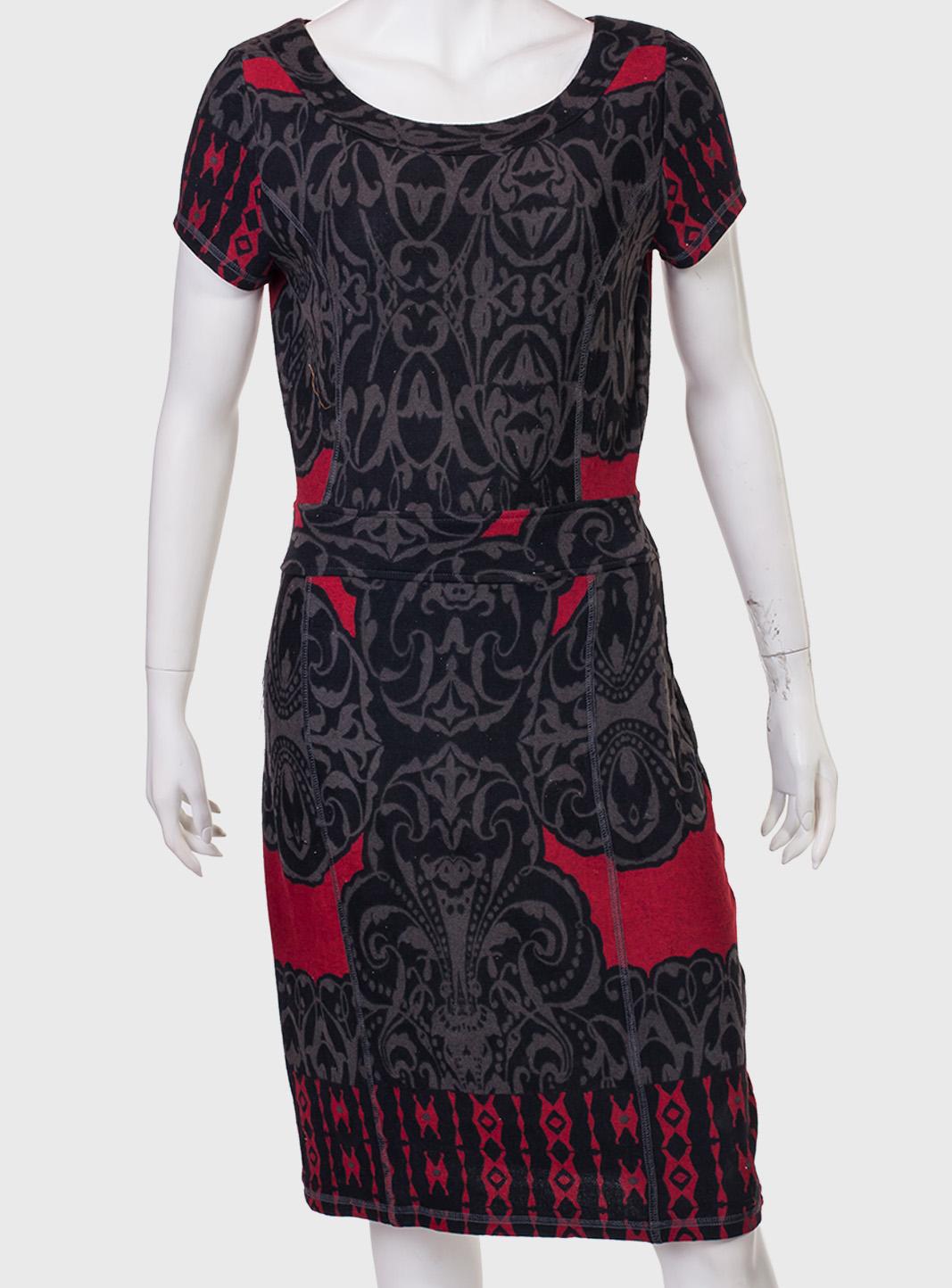 КУпить женственное облегающее платье от бренда Longbao