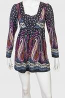 Женственное платье-туника с оригинальным орнаментом от Francesca Bellini