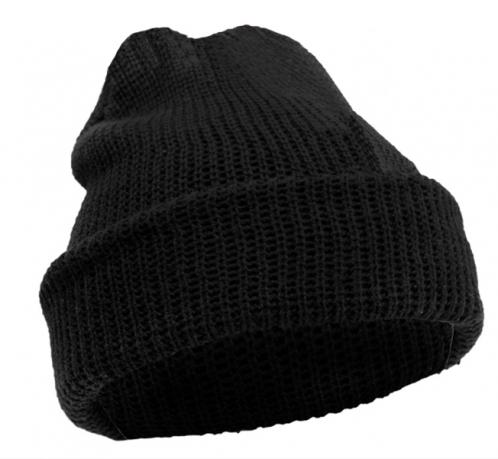 Зимняя шапочка вязаная