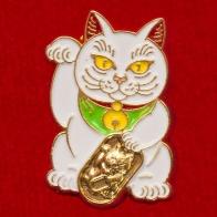 Значок-амулет на богатство и успех с котом Манэки-нэко