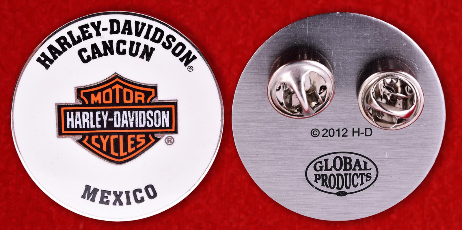 """Значок байкеров  """"Харлей-Дэвидсон, Канкун, Мексика"""""""