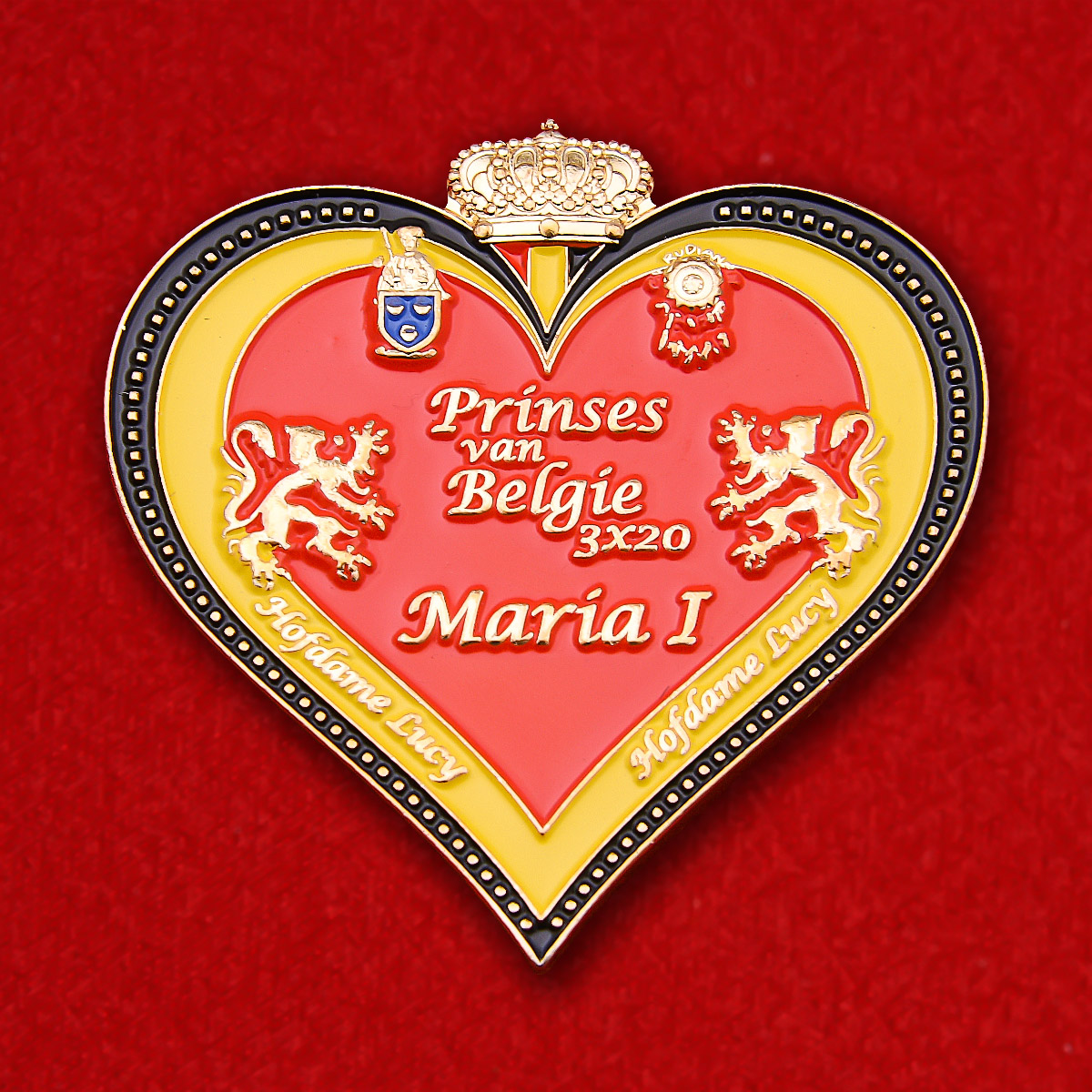 """Значок Бельгии """"Принцесса Мария Лаура Бельгийская"""""""