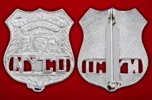 Значок Департамента по надзору за заключенными города Нью-Йорка - аверс и реверс