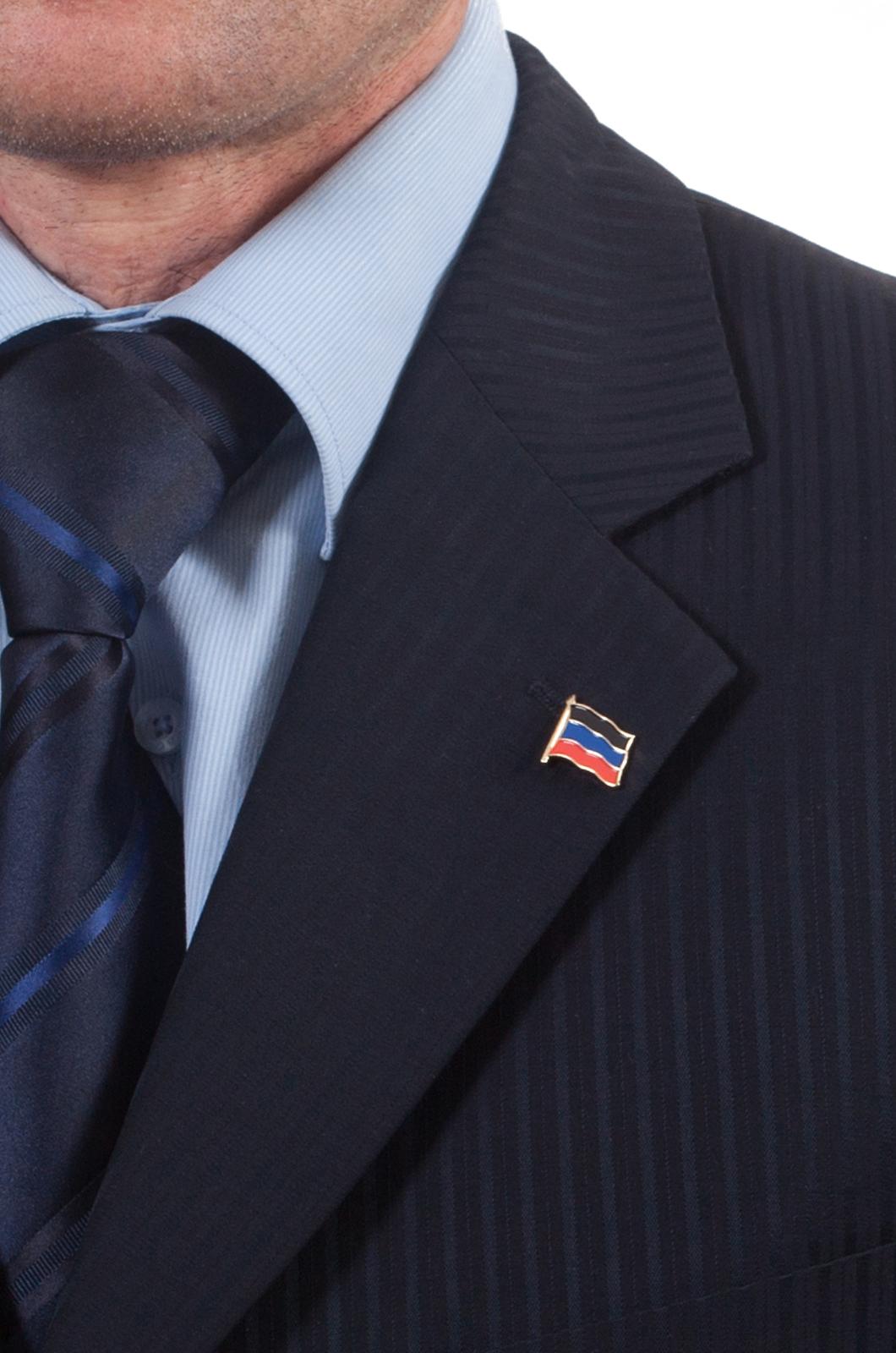Значок ДНР - вид на пиджаке