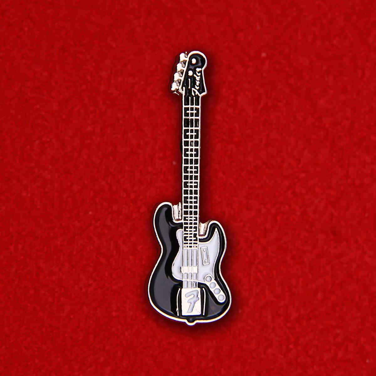 """Значок """"Fender"""""""