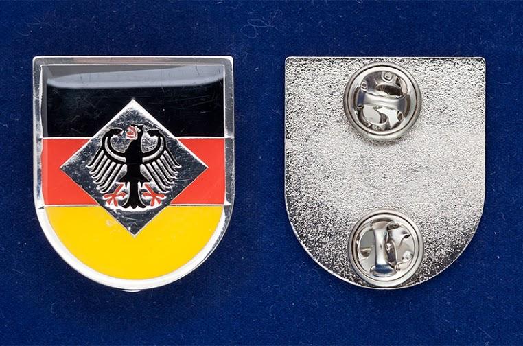 "Значок ""Флаг Германии с гербом"""
