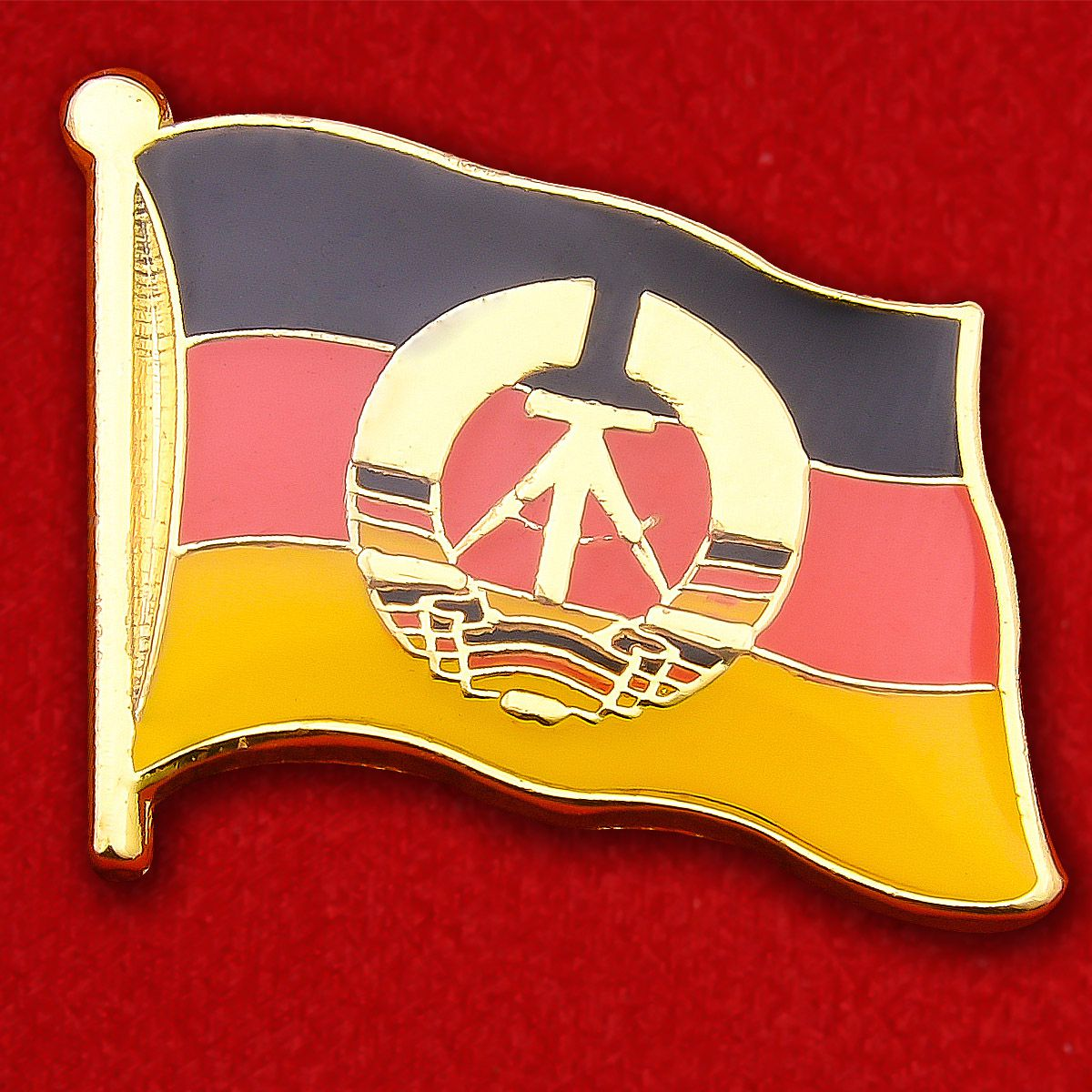 Значок Флага ГДР