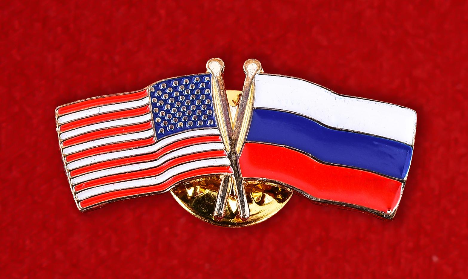"Значок ""Флаги США и России"""