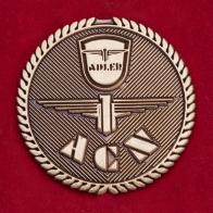 Значок голландского клуба любителей раритетных мотоциклов и автомобилей Adler
