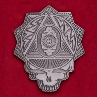 Значок группы Grateful Dead c черепом