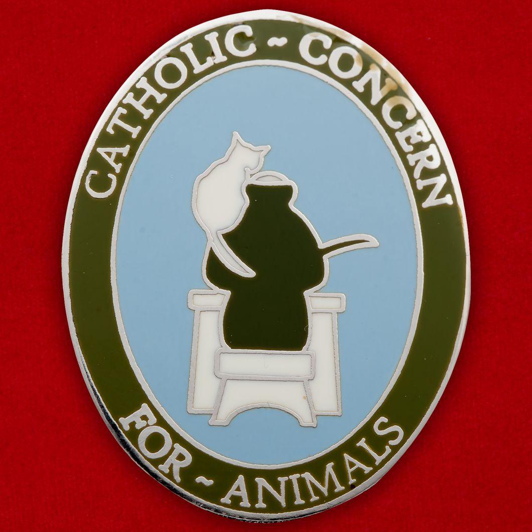 Значок Католического общества защиты животных
