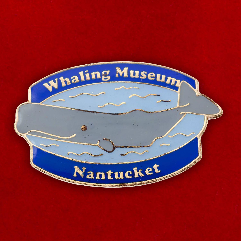 """Значок """"Музей китобойного промысла в Нантакете"""""""