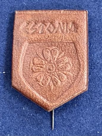 Значок на иголке Эстония