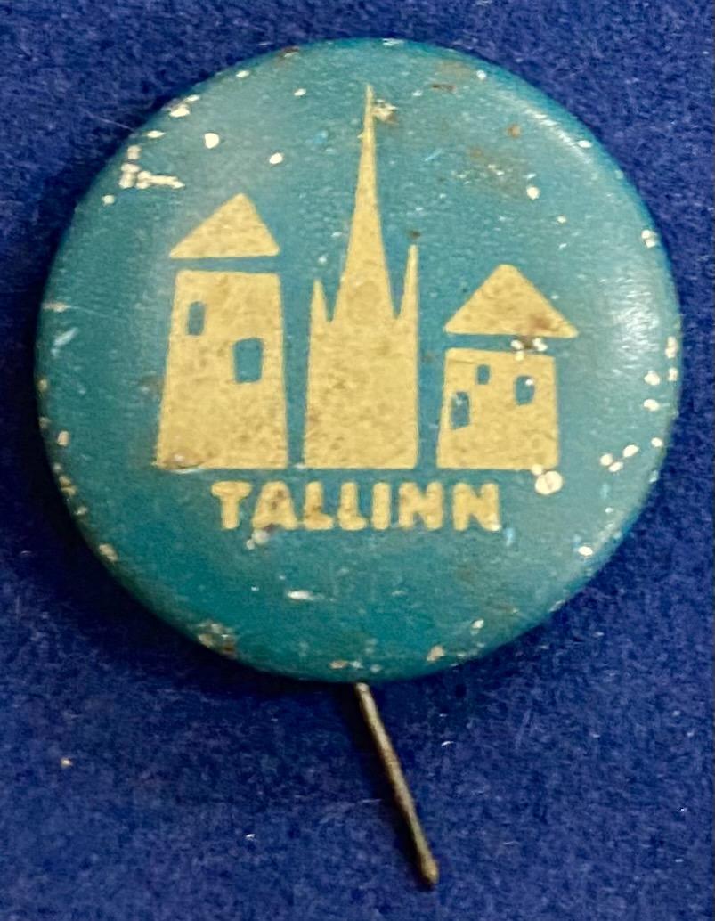 Значок на иголке Таллин голубая эмаль
