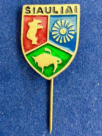 Значок на иголке Таллин Шауляй с гербом