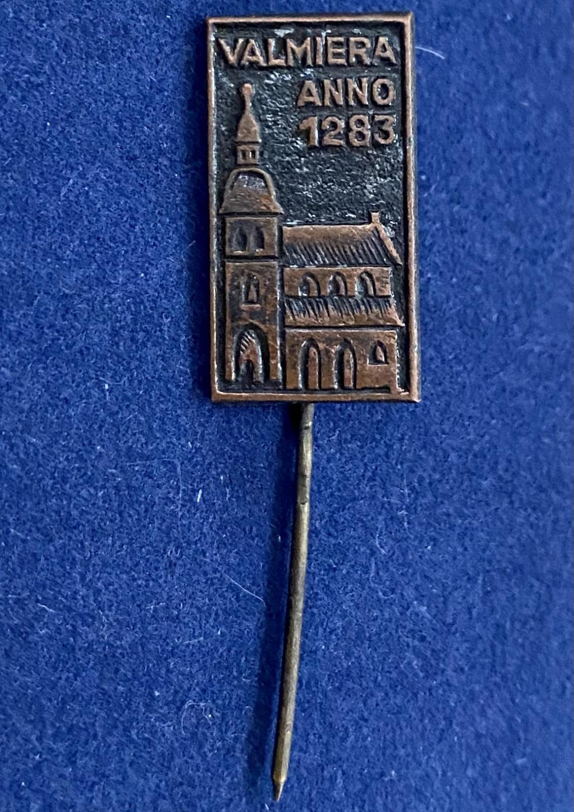 Значок на иголке Valmiera Anno 1283