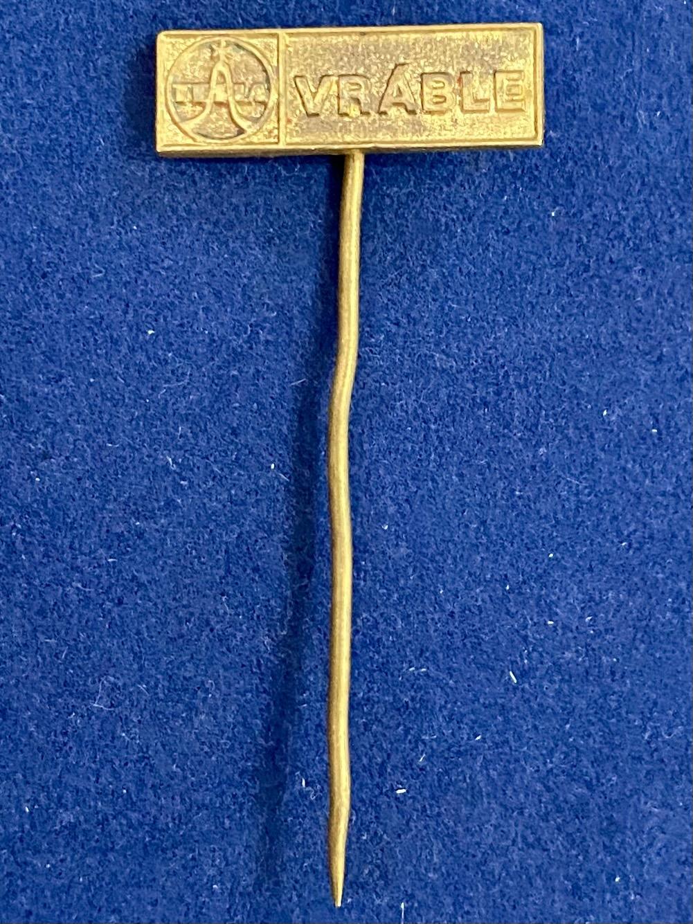 Значок на иголке Vrable