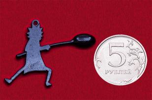"""Значок-подвеска """"Рик Санчез"""" для любителей культового мультфильма """"Рик и Морти"""" (с черной ложкой)"""