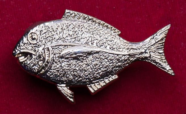 "Значок рыбака ""На крупный улов"" (булавка)"
