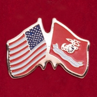 Значок с флагами США и Корпуса морской пехоты