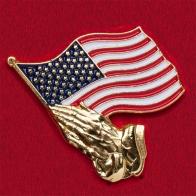 """Значок с флагом США """"Молитва за Америку"""""""
