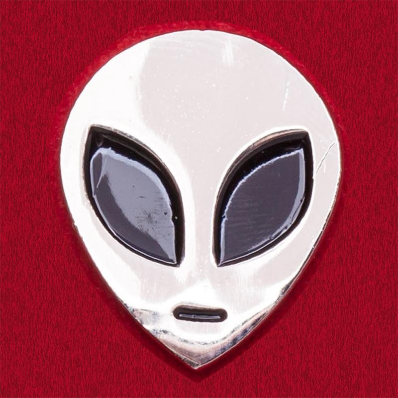 """Значок с инопланетянином """"Гуманоид"""""""