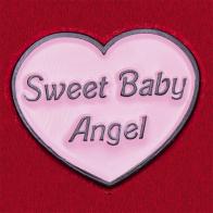"""Значок """"Сладкий ангелочек"""" в виде розового сердечка"""