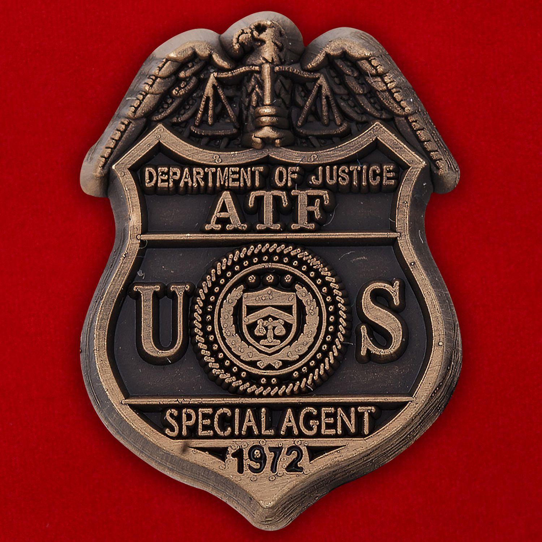 Значок специального агента Министерства юстиции США