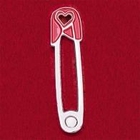 """Значок-талисман на крепкие любовные отношения """"Булавка с сердечком"""""""