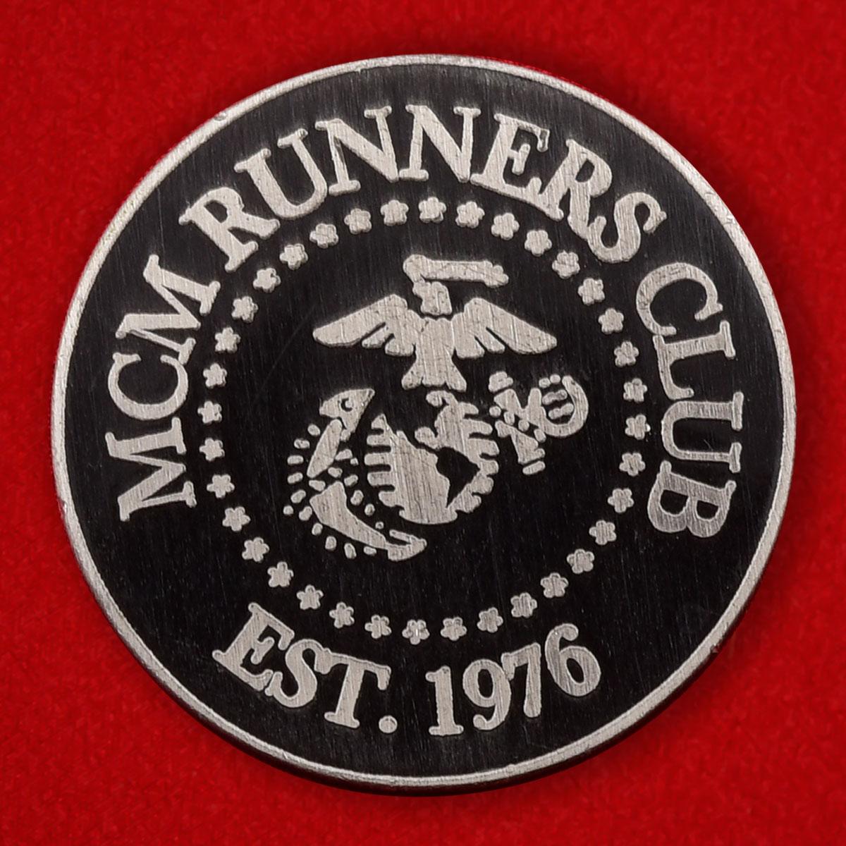 Значок участника марафона Корпуса Морской пехоты США