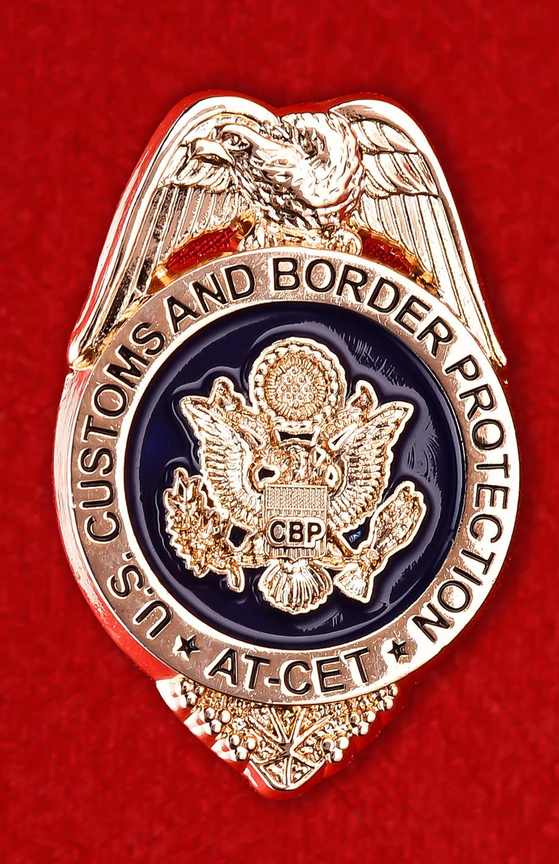 """Знак """"Таможенная и Пограничная служба США"""""""
